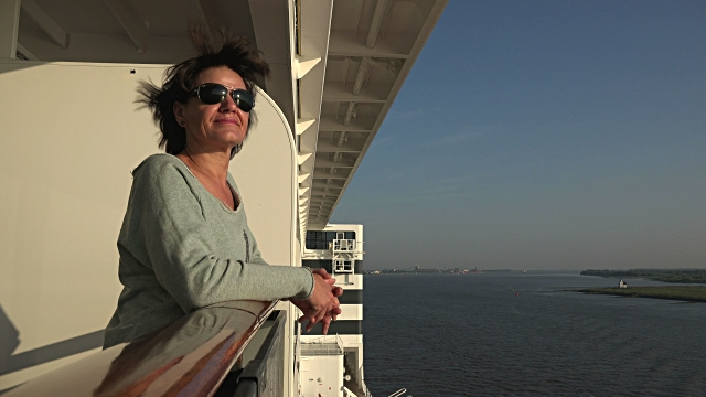 Single Women Travel is simple and comfy Aboard a Cruise